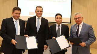 Κύπρος: Υπογράφηκαν τα συμβόλαια για κατασκευή υποδομών του φυσικού αερίου