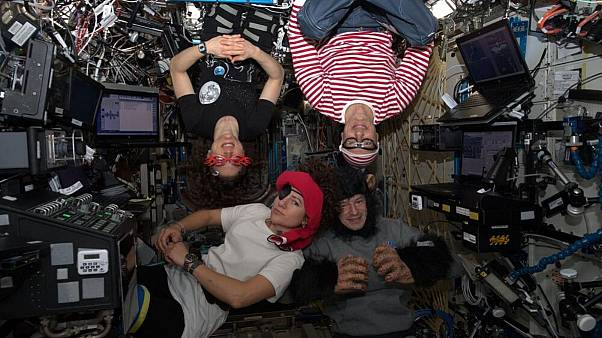 سوال از فضانوردان؛ چگونه میتوان در فضا از نظر روحی سالم ماند؟