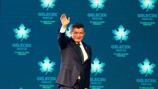 Ahmet Davutoğlu, Gelecek Partisi'nin programını açıkladı.