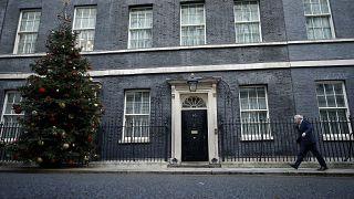 Boris recebido como um herói em Downing Street