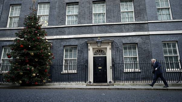 A hero's welcome for Boris at No.10