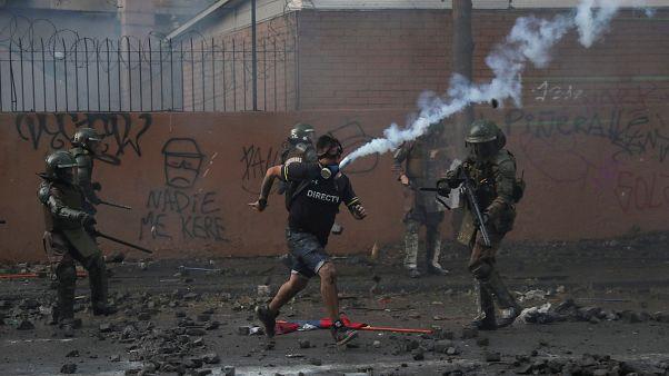 شاهد: استمرار العنف في تشيلي والأمم المتحدة تطالب بمحاسبة الشرطة والجيش