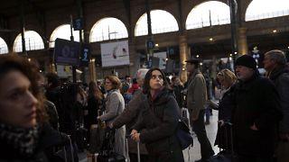 Απεργιακό χάος στη Γαλλία και απόγνωση των εμπόρων
