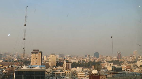 İran'da hava kirliliği: Tahran'da eğitime ara verildi