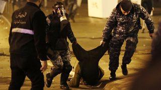 Бейрут: более 50 пострадавших в столкновениях с полицией