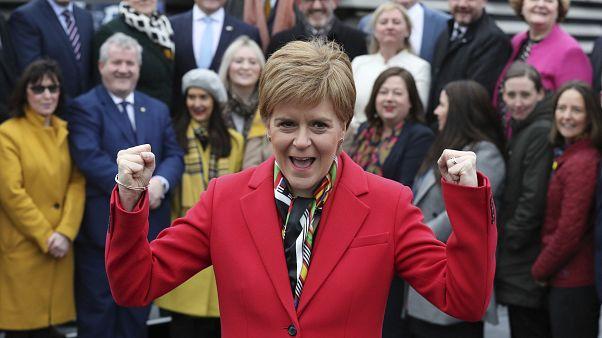 İngiltere seçimlerinin ardından İskoçya bayrak açtı: Bizi zorla Birleşik Krallık'ta tutamazsınız