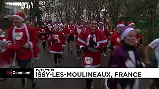 شاهد: سباق خاص بسانتا كلوز في ضواحي باريس لمساعدة الأطفال