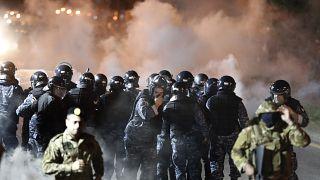 مواجهات عنيفة بين المتظاهرين والشرطة في لبنان