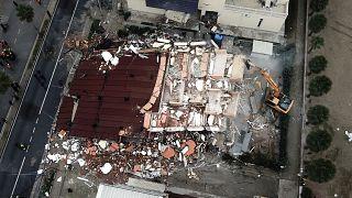 دولت آلبانی ۹ نفر را در ارتباط با کشتهشدگان زلزله اخیر بازداشت کرد