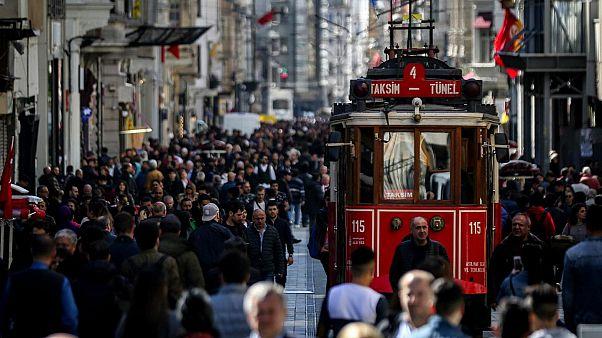 Türkiye'de işsizlik yüzde 13.8'e yükseldi