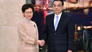 Çin'den istifası istenen Hong Kong yönetimine destek ziyareti