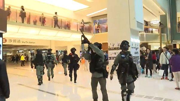 Гонконг: протесты в торговых центрах