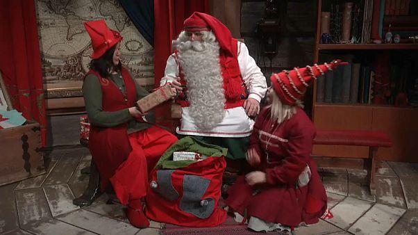 Papá Noel ultima los preparativos antes de emprender su mágico viaje