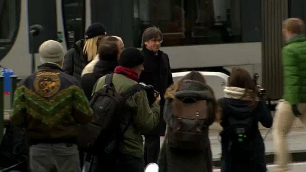 Tribunal belga adia decisão sobre Puigdemont