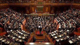 Ricardo Muti dirigiu uma orquestra diante do Presidente Sergio Matarella