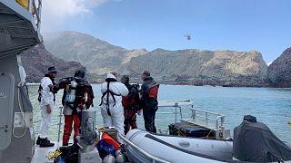 """نيوزيلاندا تبحث عن 120 مترا مربعا من الأنسجة الجلدية لعلاج مصابي بركان """"وايت آيلاند"""""""