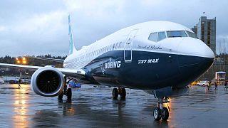Le premier Boeing 737 MAX sorti des chaînes d'assemblage photographié le 8 décembre 2015, à Renton dans l'Etat de Washington aux Etats-Unis