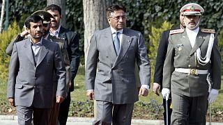 Pervez Müşerref vatana ihanet suçlamasıyla idama mahkum edildi
