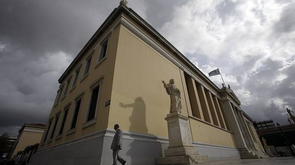 Τελευταία της Ευρώπης η Ελλάδα στην αξιοποίηση πτυχιούχων