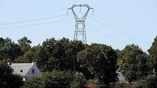 برق ۵۰ هزار خانه در فرانسه به دلیل «خرابکاری» قطع شد