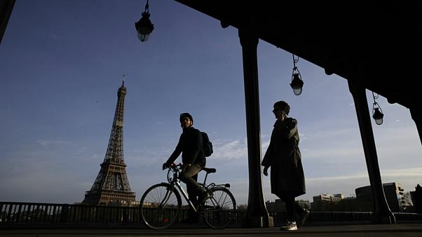 Bike and scooter accidents rise  in Paris as strikes paralyse public transport
