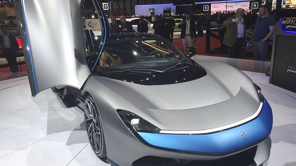 Exhibición de un Pininfarina Battista en el Salón del Automóvil de Ginebra 2019