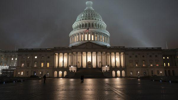 Конгрессмены-демократы против президента США