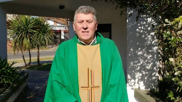 El sacerdote Eduardo Lorenzo