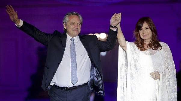 El Gobierno argentino eleva impuestos y tasa un 30 % la compra de dólares