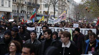 'Fransa Cumhurbaşkanı Macron, grevlere neden olan reform paketinde iyileştirme yapmaya hazır'