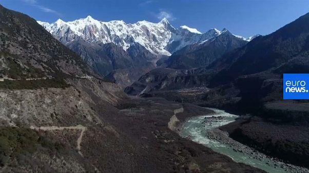 """""""Plus les glaciers fondent sur le plateau tibétain, plus il y aura des vagues de chaleur en Europe"""""""
