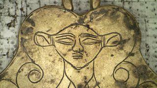 Mora Yarımadası'nda bulunan anıt mezara ait eser