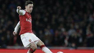 Mesut Özil: Uygur Türkleri'ne destek verdi; Pro Evolution Soccer (PES) 2020'den silindi