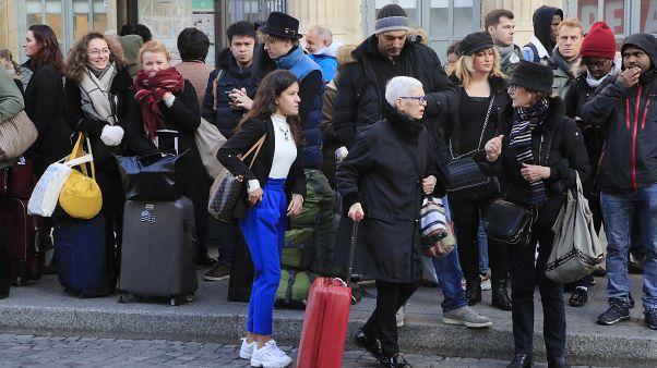 Schreckensgespenst: Streik zu Weihnachten