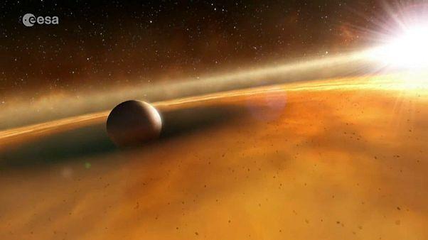 Planet Sissi kreist um Zwergstern namens Franz