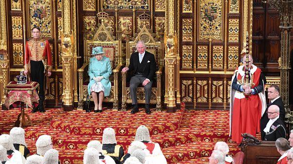 Regno Unito: il discorso di Elisabetta prepara il paese alla Brexit