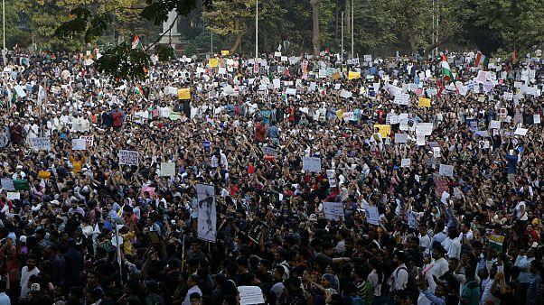 تظاهرات در بمبئی در اعتراض به قانون اعطای شهروندی