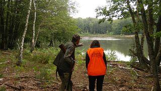 Accidents, polémiques : une application pour faire la paix avec les chasseurs... reportage
