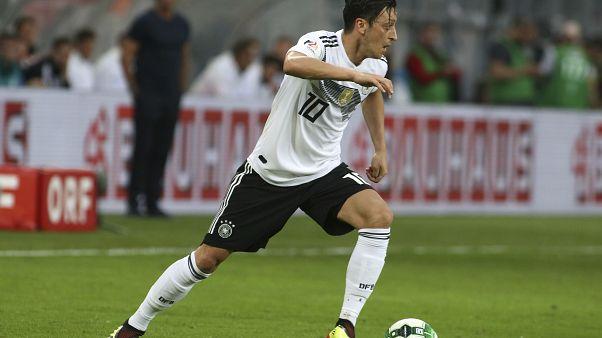 Tweet-Affäre: China löscht Özil sogar aus Computerspiel