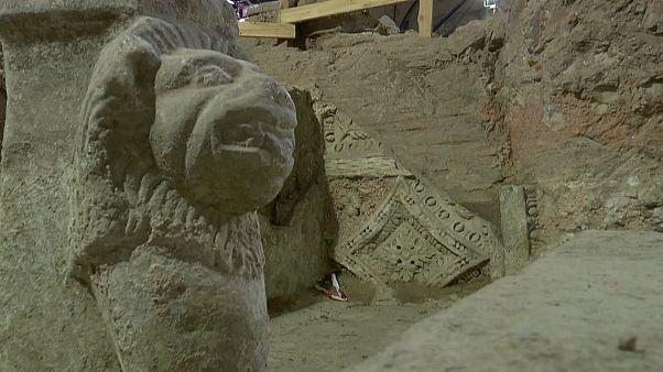 Grecia: antichità rimosse (momentaneamente) per costruire la metro
