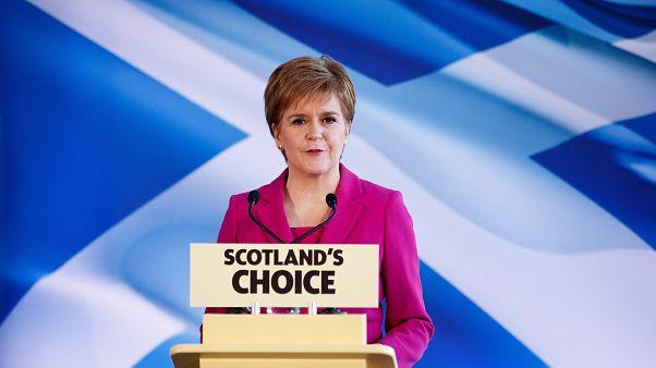 Hivatalosan is bejelentették a skótok: új függetlenségi népszavazást akarnak
