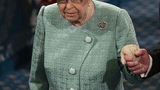 La Reina Isabel II inaugura un nuevo ciclo del Parlamento británico