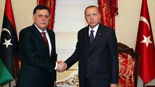 Türkiye Cumhurbaşkanı Recep Tayyip Erdoğan ile Libya Ulusal Mutabakat Hükümeti Konseyi Başkanı Fayez Al Sarraj