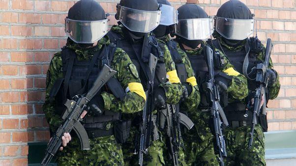 مقتل شرطي وخمسة جرحى في إطلاق للنار في موسكو