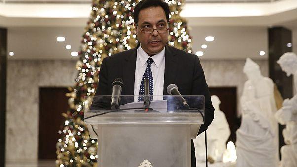 رئیس جمهوری لبنان حسان دياب را بهعنوان نخست وزیر مامور تشکیل کابینه کرد