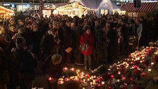 Berlin gedenkt der 12 Opfer vom Breitscheidplatz
