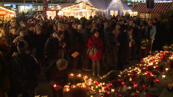 Berlin: a 3 évvel ezelőtti merénylet áldozataira emlékeztek