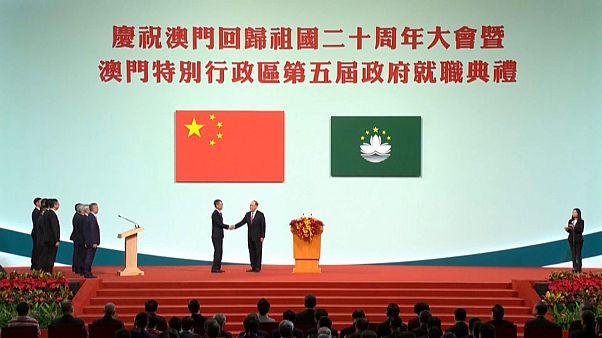 Velada amenaza del presidente chino, Xi JInping, a Hong Kong en su visita a Macao