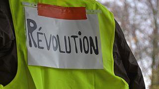 أحكام على شرطيين لارتكاب أعمال عنف ضد السترات الصفراء في فرنسا