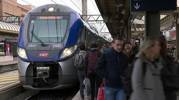 SNCF lenkt ein: 14 Sonderzüge für alleinreisende Kinder